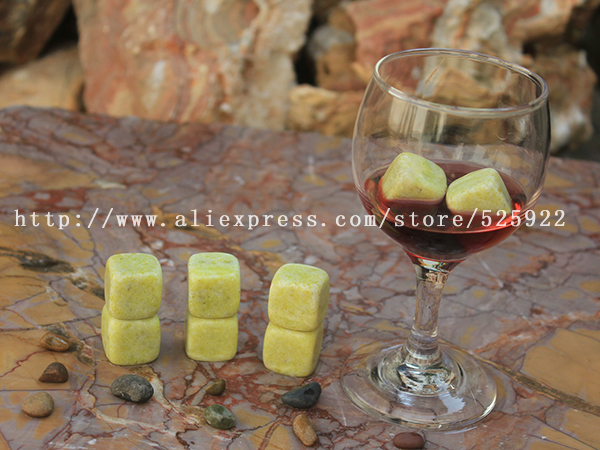 hotsale ice cube whiskey stone set