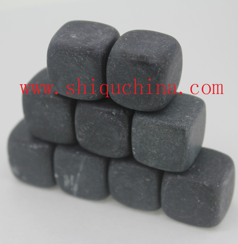 black basalt whiskey stone set